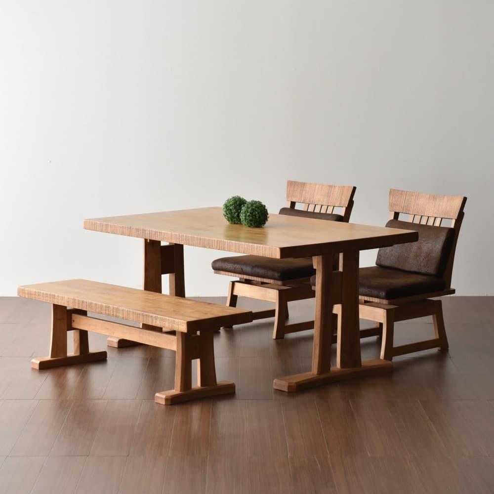 1500テーブル+イス×2脚+1300ベンチ